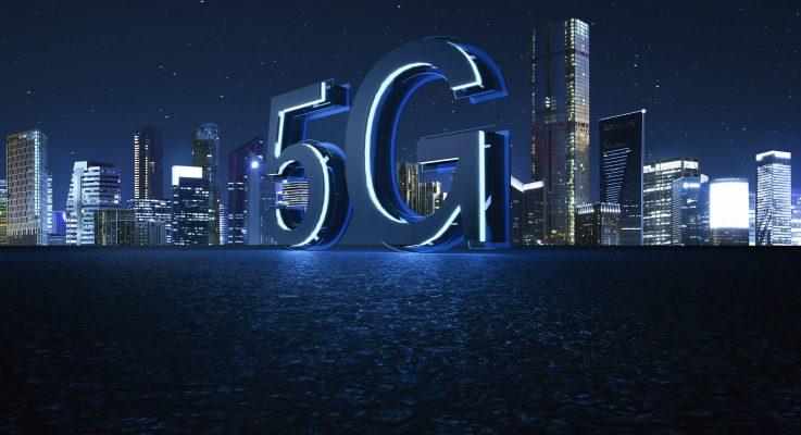 How can building owners manage the costs of bringing 5G in-building?