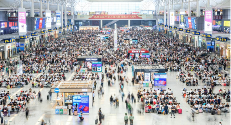 China Mobile, Huawei deploy indoor 5G system at Shanghai's busiest train station