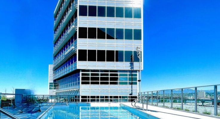 View installs smart windows at new hotel in Canada